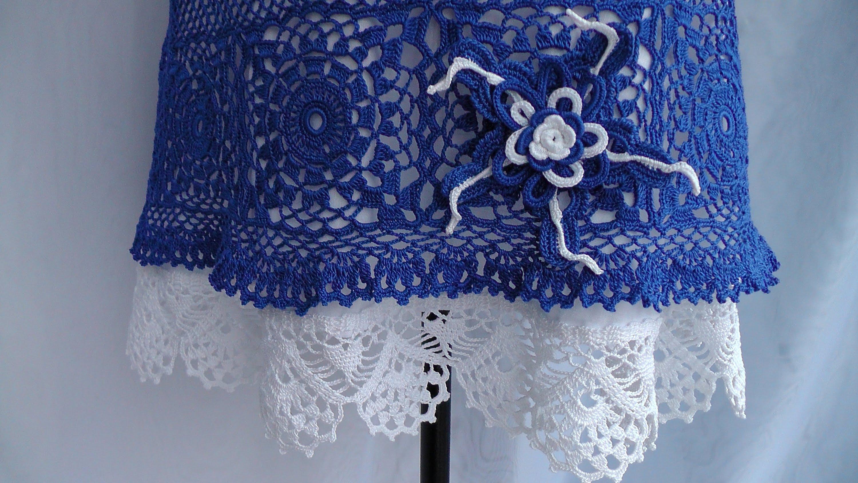 Длинная вязаная крючком юбка с ажурным подолом