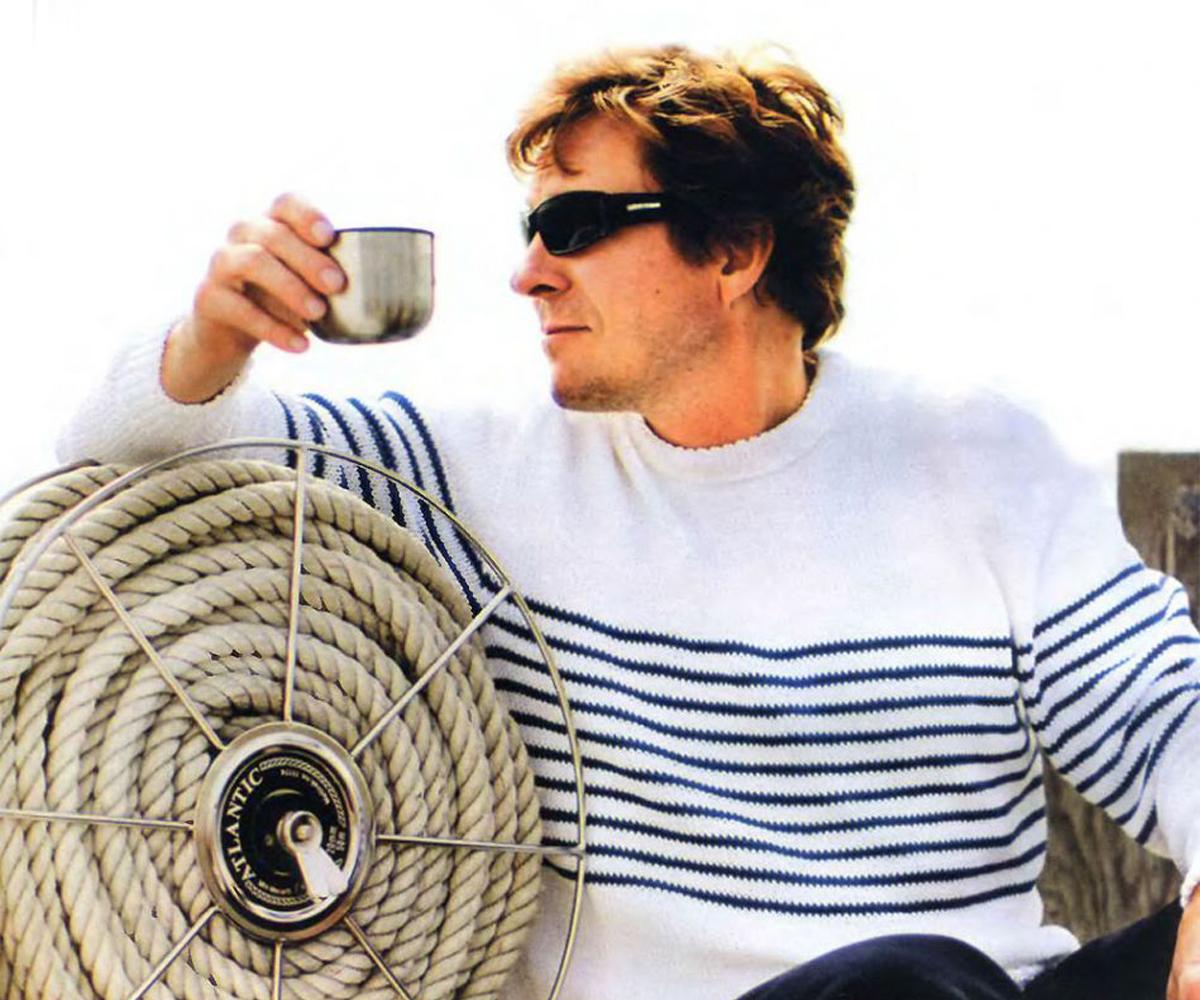 Красивый мужской пуловер спицами. Описание вязания