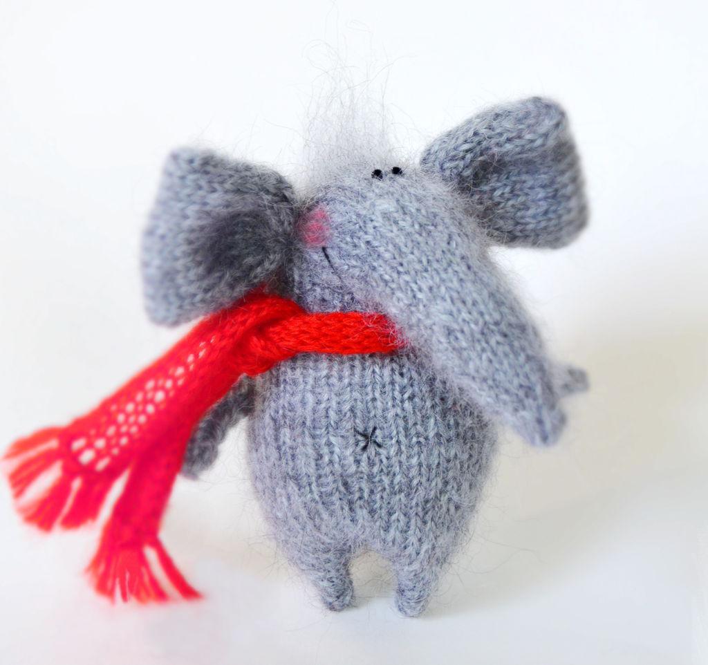 Нежный слоник. Игрушка спицами