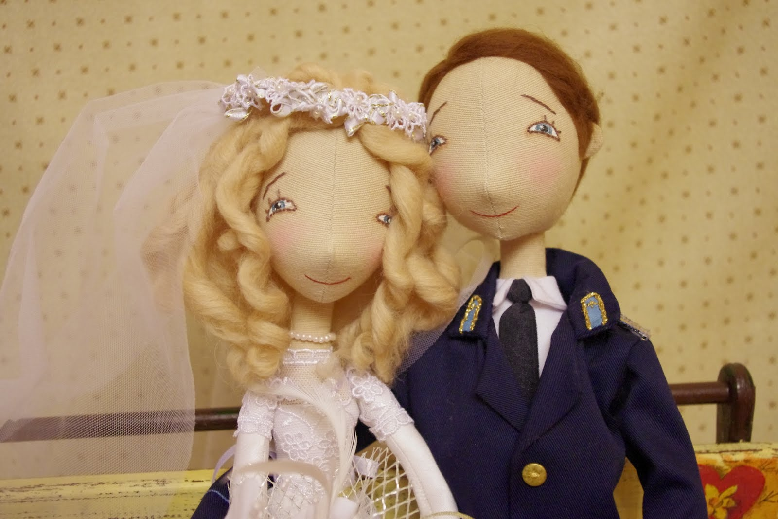 Шьём куколок жениха и невесты. Выкройки