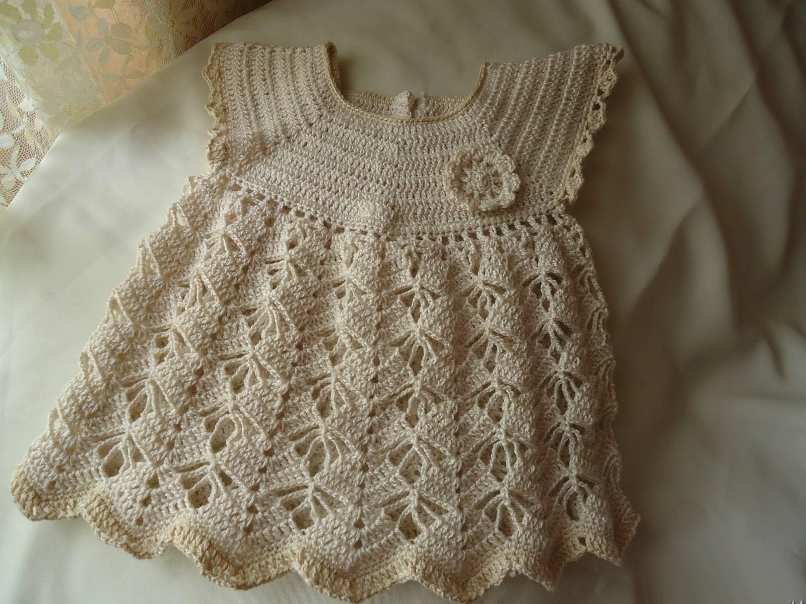 Вяжем ажурное платье для девочки