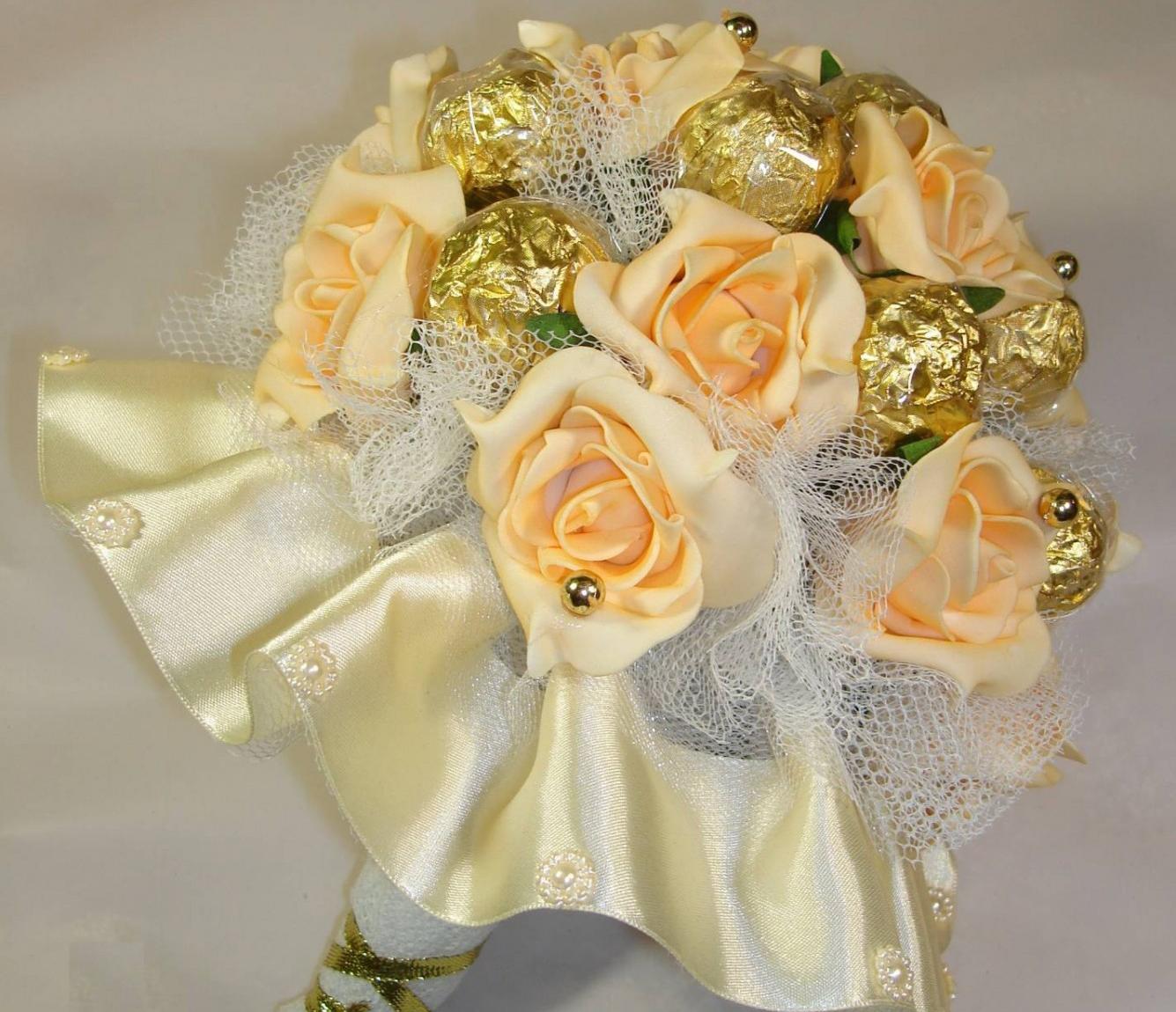 Свадебный букет из конфет. Мастер-класс