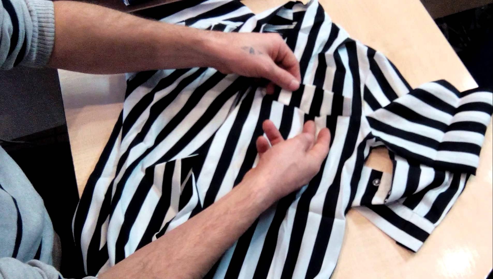 Перешиваем мужскую рубашку в блузу