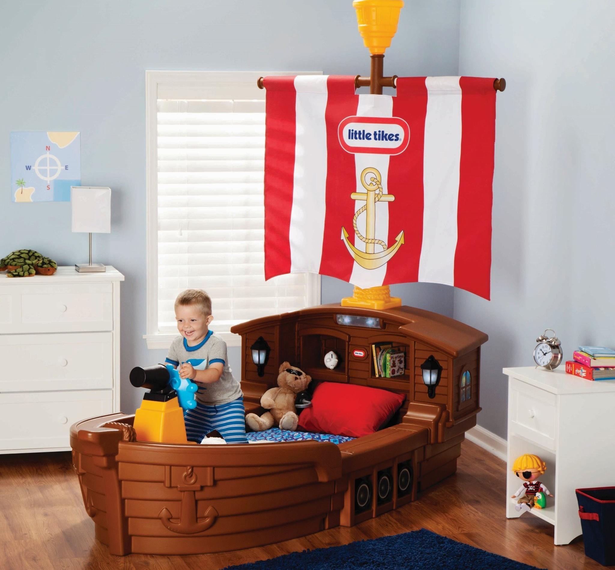 Детская-пиратский корабль