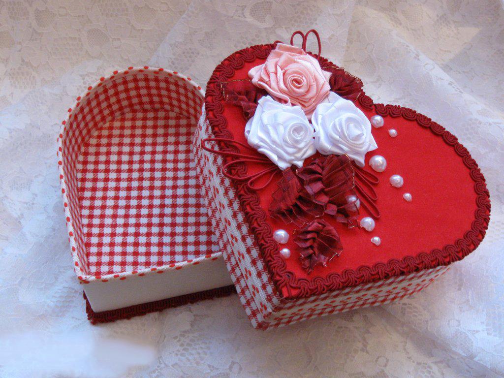Коробочка сердце для конфет своими руками