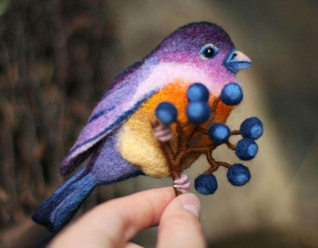 Райские птицы из войлока с вышивкой. Панно