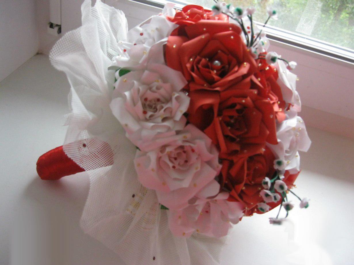 Изысканный свадебный букет из бумажных роз. МК