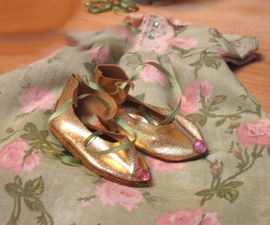 Туфельки для принцессы — шьем сандалики