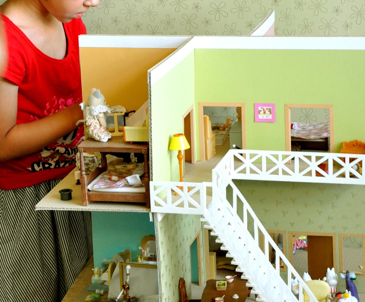 Дом для куклы из картона своими руками
