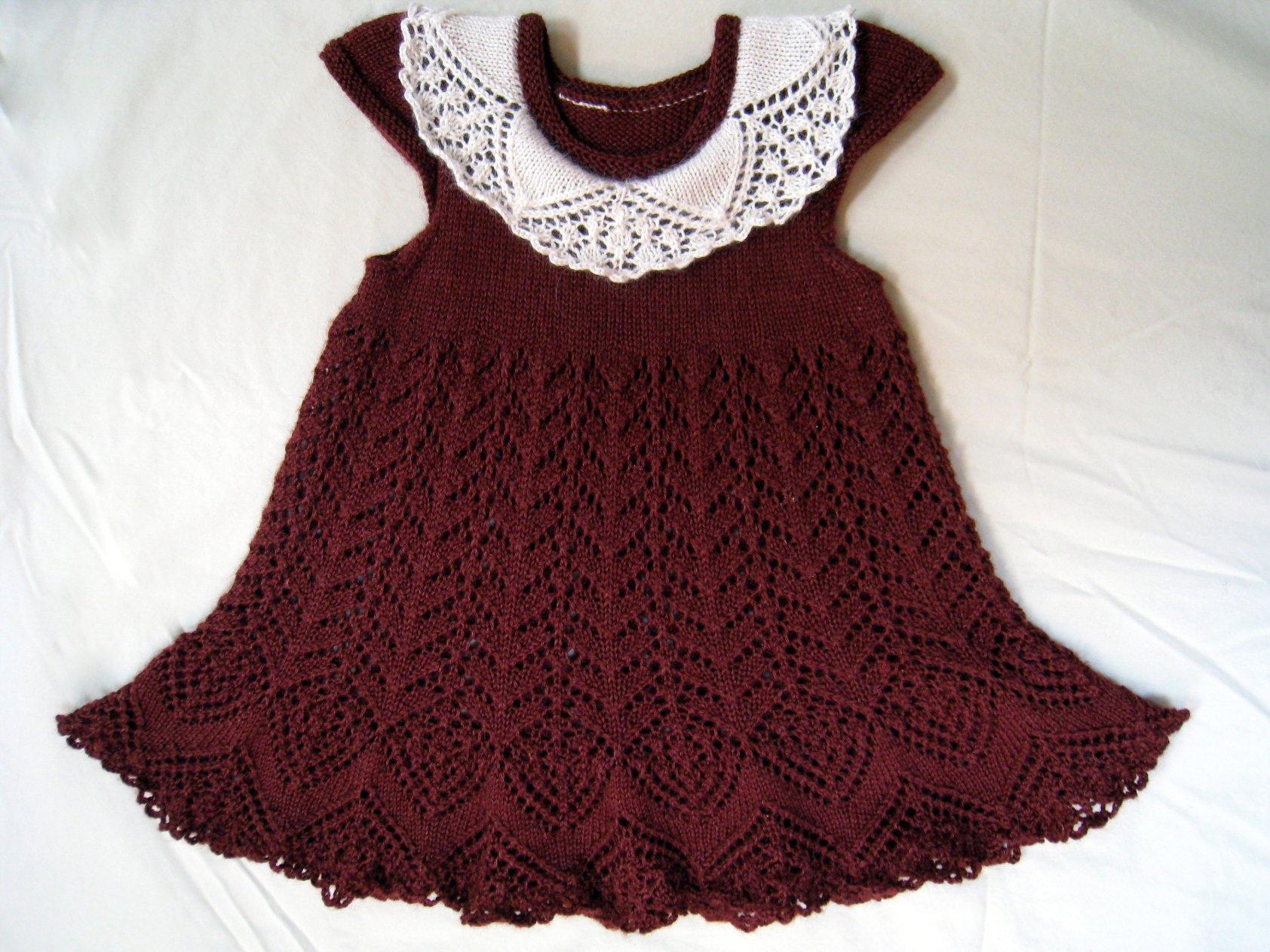 Вязаные крючком платья для девочек. Схемы и описания