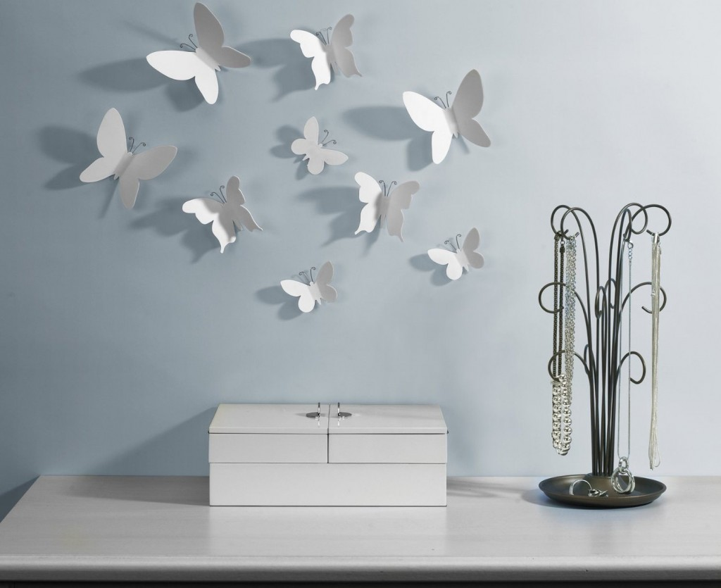Декор бумажными бабочками. Идеи