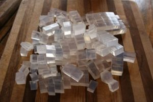 Основу удобнее нарезать кубиками