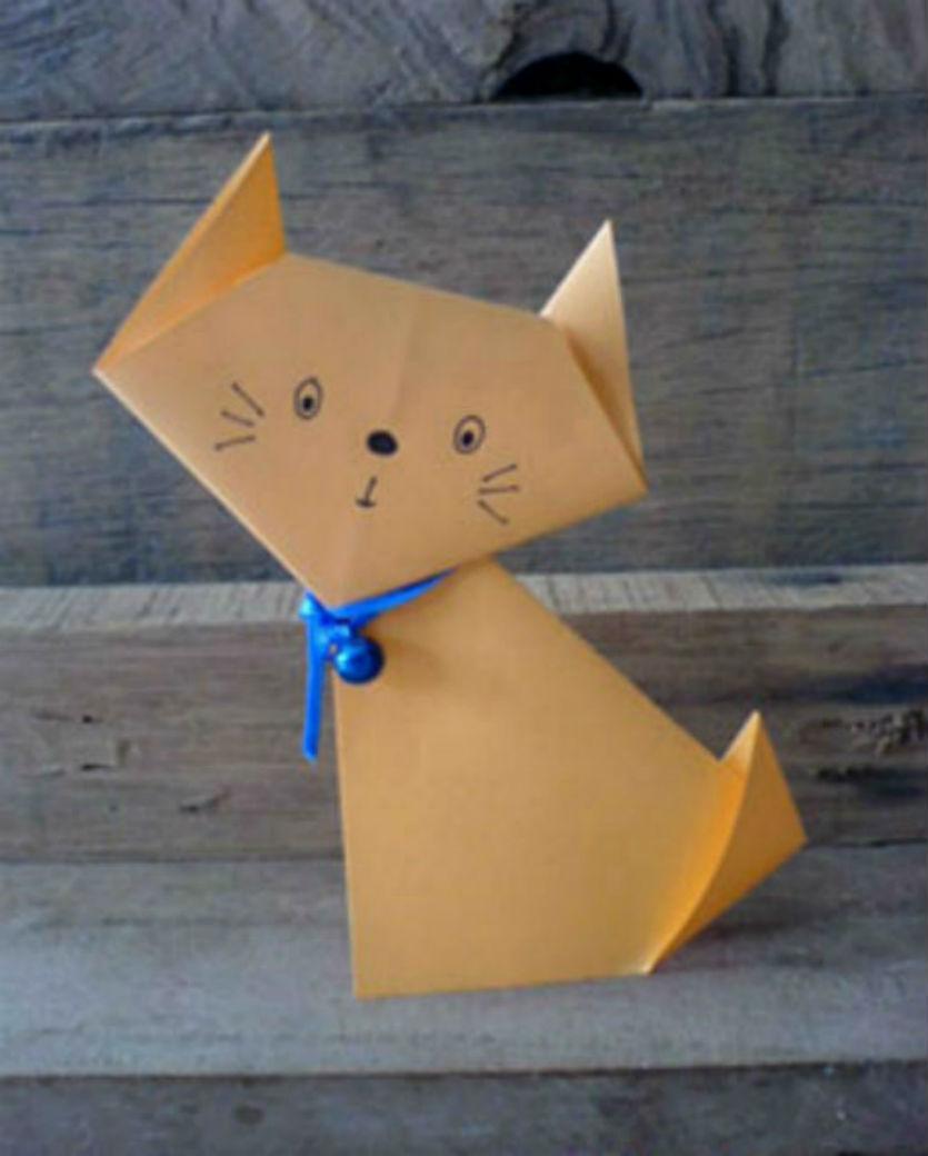 Детские забавы: поделка-оригами в виде кота