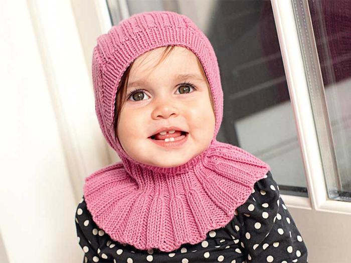 Шапка-капор: вязаное изделие для любимой дочурки