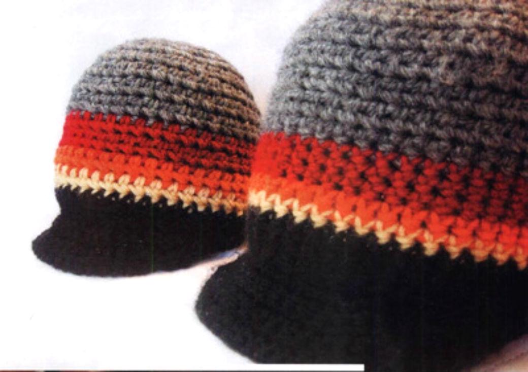Вяжем крючком: милая детская шапочка с козырьком