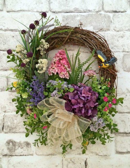 Нарядный цветочный декор