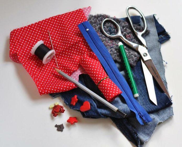 Материалы и инструменты для изготовления пенала