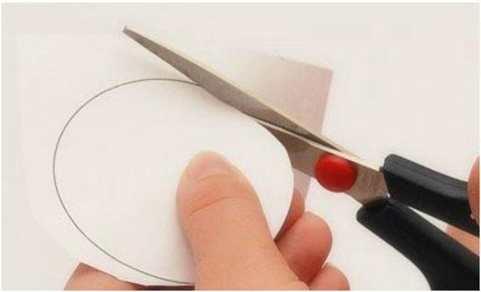 Вырезание круга из картона