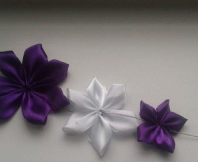 Сборка нескольких слоев цветка