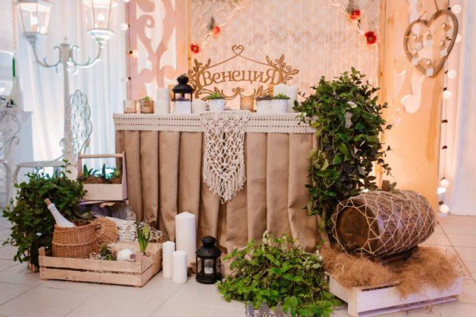 Оформление зала для свадьбы в стиле Рустик