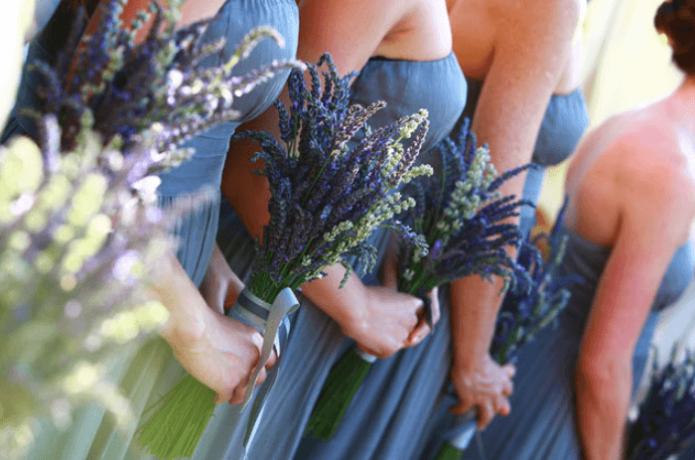 Подружки невесты на свадьбе в стиле прованс