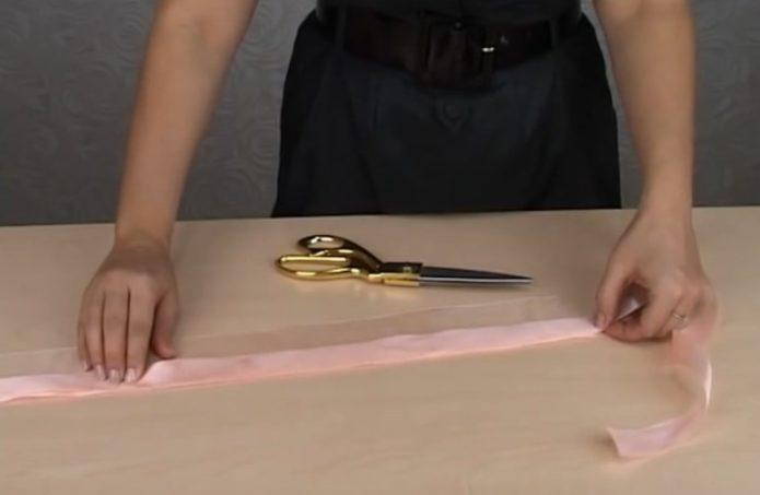 Подготовка лент для подвязки