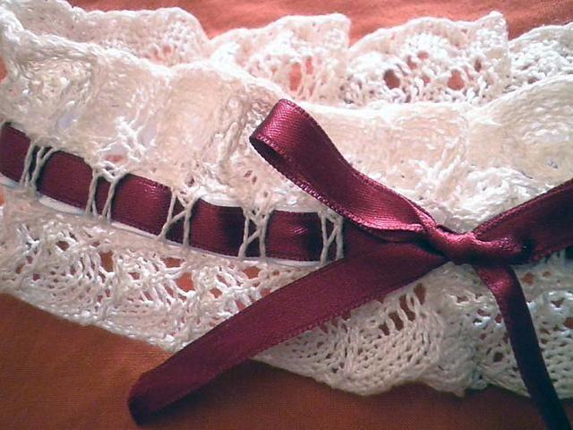 Подвязка невесты крючком 2