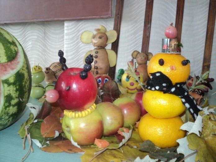 Осенние поделки из фруктов