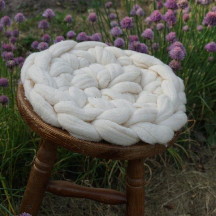 Подстилка для стула из толстой пряжи мериноса