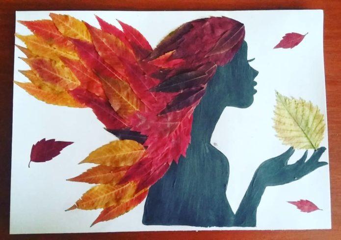 Аппликация с девушкой из осенних листьев