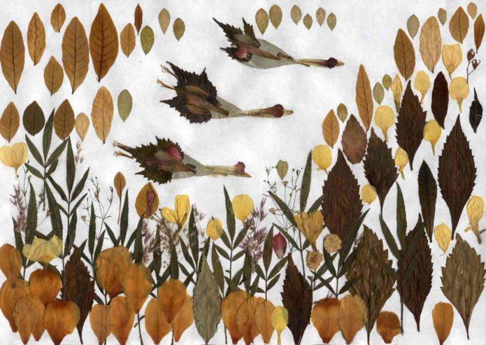 Аппликация из осенних листьев с птицами