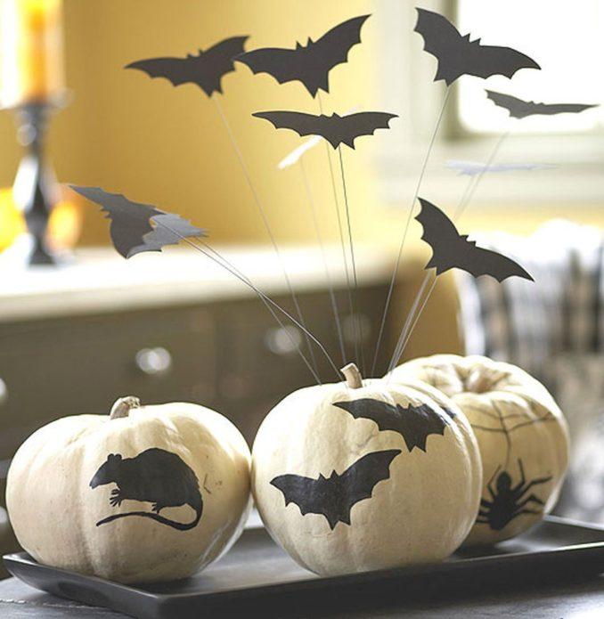 Украшения из тыквы и бумаги на Хэллоуин