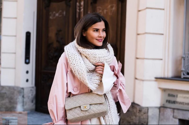 Как носить шарф осенью 2018: 15 вариантов