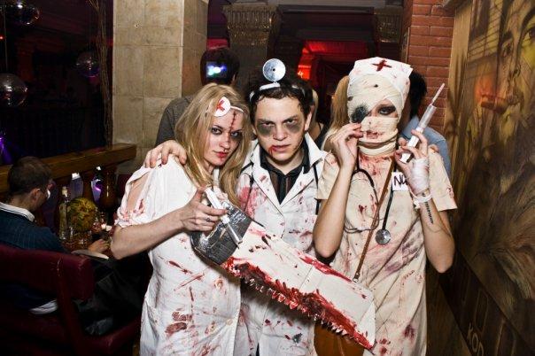 Костюмы врачей и медсестер на Хэллоуин
