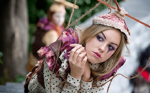 Образ куклы на Хэллоуин для девушки