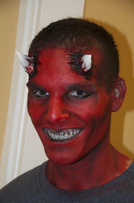 Грим для парней на Хэллоуин