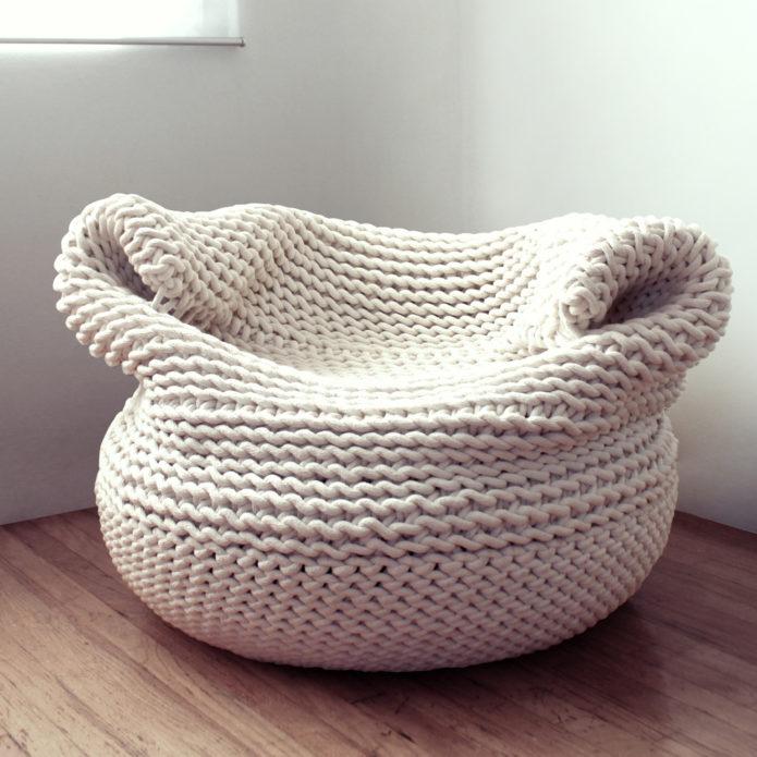 Кресло-мешок из пряжи
