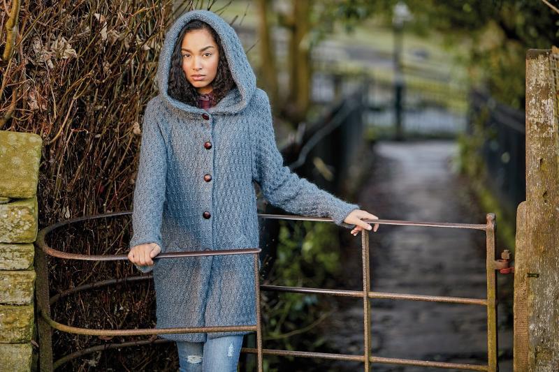 25 модных вязаных пальто, которые согреют вас этой осенью