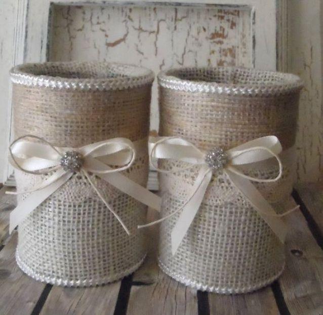 Декор жестяных банок лентами и мешковиной