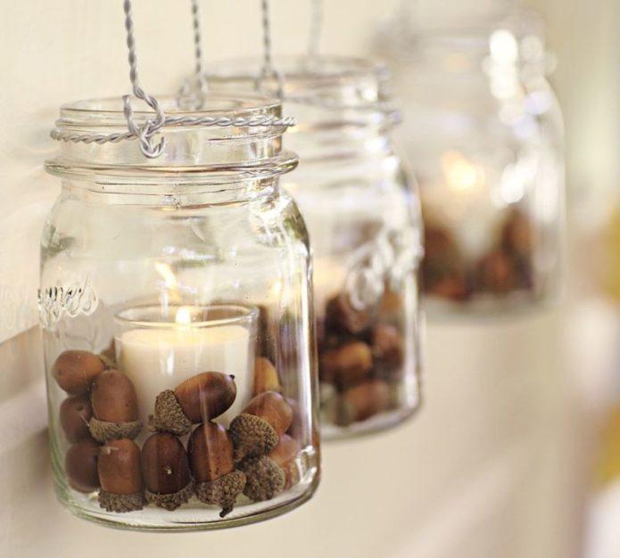 Декор свечей желудями