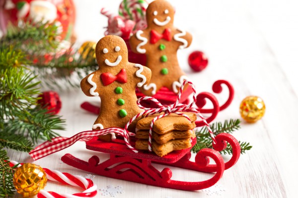 Праздничное имбирное печенье