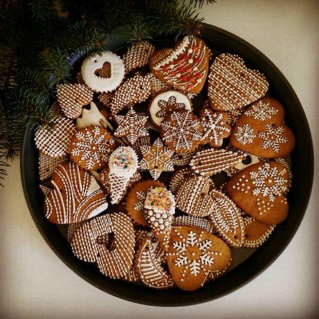 Имбирное печенье в жестяной коробке
