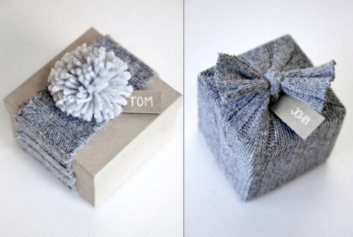 Текстильное оформление новогоднего подарка
