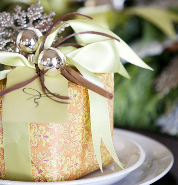 Оригинальный вариант упаковки новогоднего подарка