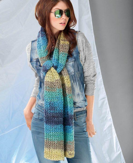 Длинный вязаный шарф из меланжевой пряжи