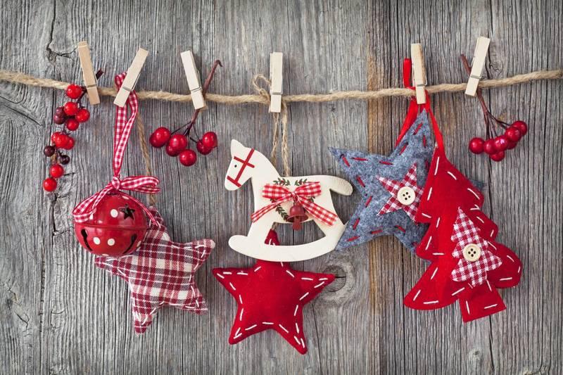 Новогодние гирлянды своими руками — просто, празднично и очень эффектно