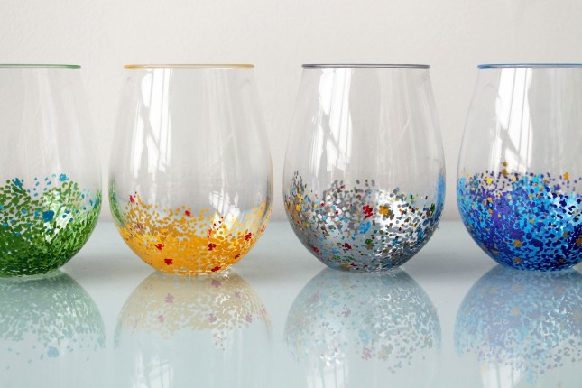 Декор глиттером на стаканах