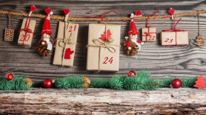 Гирлянда-календарь из натуральных материалов