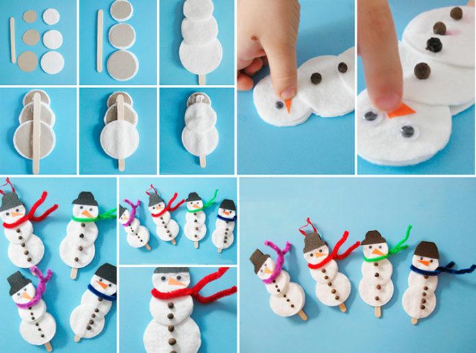 Снеговички из ватных дисков