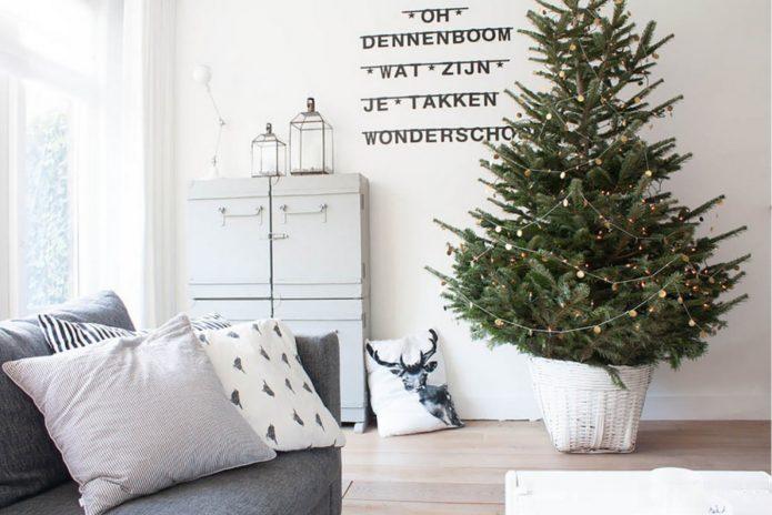 Новогодняя комната в скандинавском стиле
